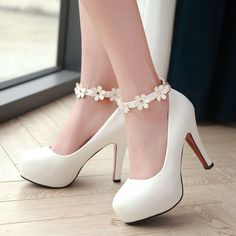 Sweet Flower Princess Stilettos Fashion Ankle-Strap Stilettos Sweet Flower Princess High-Heeled Platform Shoes White You can wear with or without the flower strap Size is US but fits more like Shoes Heels Pretty Shoes, Cute Shoes, Me Too Shoes, Kawaii Shoes, High Heels, Shoes Heels, Shoes Sneakers, Balenciaga Shoes, Boots