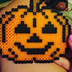 Pumpkin Halloween  perler beads by cutesyclay101