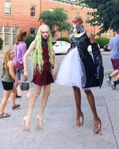 'Fecal Matter' Has Launched Nightmare Heels That Look Like Human Flesh Creepy Skin, Hannah Rose, Extreme Makeup, Cindy Sherman, Black Platform Boots, Barbie Princess, Weird Fashion, Asymmetrical Skirt, Beauty Trends