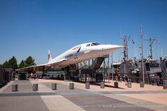 Sólo en Nueva York puedes tomarte un café debajo de un Concorde @intrepidmuseum #nuevayork