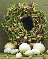 easter wreaths DIY flower bulbs