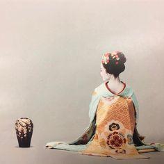 "geimei: "" January 2017: Maiko Fukutama (Shigemori Okiya) of Miyagawacho advertising traditional Japanese potterry. Source: Yoshiaki Dobuchi on Instagram """