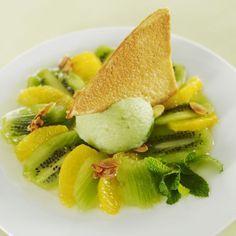 Soupe d'agrumes et de kiwis rafraîchie au citron vert, amandes croquantes de Stéphane Rétif