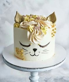Cake decorating cupcakes link Ideas for 2019 Pretty Cakes, Cute Cakes, Cake Cookies, Cupcake Cakes, Cake Icing, Buttercream Frosting, Animal Cakes, Novelty Cakes, Drip Cakes