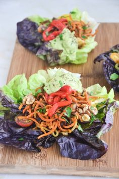 These delicious 10-minute Fajita Lettuce Wraps are simple, light and perfect for serving during the warmer weather that's headed our way. The creamy hazelnut avocado crema is made in less than 5 minutes with only two ingredients so it's incredibly easy and full of flavor.