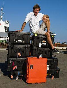 Travel for underwater photography equipment