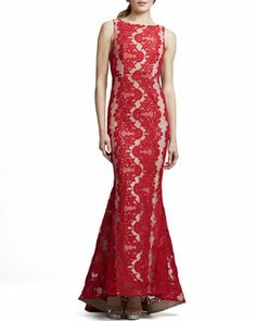T748K Alice + Olivia Jae Open-Back Lace Gown, Red