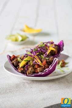 After meal-prepping your O Organics® ground beef, this recipe will only take five minutes! The whole family is sure to love this Black Bean and Lime Cabbage Cups!