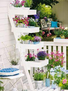 Σπίτι και κήπος διακόσμηση: Συμβουλές για περισσότερο χώρο και ομορφιά για μικρά μπαλκόνια