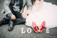 Five Tips For Planning The Perfect Wedding Day Wedding Images, Wedding Pictures, Wedding Designs, Wedding Photography Inspiration, Wedding Inspiration, Rockabilly Wedding, Wedding Day, Dream Wedding, Weeding Dress