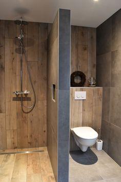 Home Remodel Hacks .Home Remodel Hacks Best Bathroom Designs, Bathroom Design Luxury, Bathroom Layout, Modern Bathroom Design, Small Bathroom, Shower Bathroom, Industrial Style Kitchen, Wood Look Tile, Shower Remodel