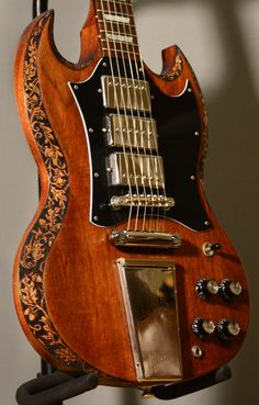 burnmethod, guitar, guitars, pyrography, custom, wood burning, engraved, refinish, sg, gibson, nature, acorn, baroque, scrollwork, binding, oak, leaf