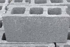Cement blocks can sometimes be overlooked in favor of items that are easier to move around in a garden. But after checking out this list, you might rethink the skipped-over cement block. Concrete Pad, Concrete Bricks, Concrete Garden, Cute Diy Projects, Garden Edging, Diy Network, Fire Pit Backyard, Unique Gardens, Raised Garden Beds