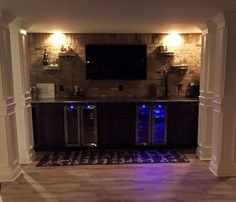 Stone textured back bar