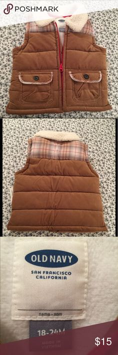 Old Navy Corduroy Vest Old Navy Corduroy Vest✨Fold Over Sherpa-Lined Collar✨Full Zip-Up✨Patch Pockets✨100%Polyester Jackets & Coats Vests