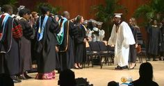 MIAMI, Florida– A teenage boy who was paralyzed from the waist down after being shot in the back, surprised everyone at graduation when he walked across the stage. CBS Miami says Aaron Willis…