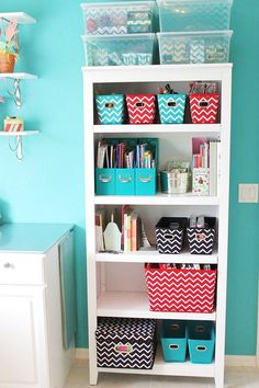Great way to organize my stuff in my room. storage & organization idea using this bookcase and chevron storage from Target! Ikea Deco, Ideas Para Organizar, Office Organization, Basket Organization, Office Storage Ideas, Teen Bedroom Organization, Organized Bedroom, Storage Hacks, Craft Storage