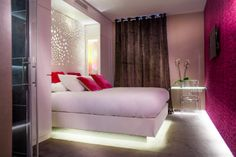 Finally decided on a hotel for my trip to Paris: Hotel Angely