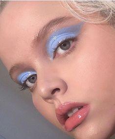 Refine your make-up with trendy, shiny lids - eye makeup - . - Refine your make-up with trendy, shiny lids – eye makeup – # shiny up - Makeup Trends, Makeup Inspo, Makeup Art, Makeup Inspiration, Beauty Makeup, Hair Makeup, Makeup Ideas, Makeup Tips, Makeup Geek