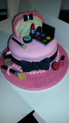 Girlie make up cake