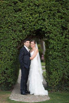 elegant newlyweds   photo by @Brancoprata    see more: http://bridalmusings.com/2013/09/pretty-pastel-hued-wedding-in-portugal/