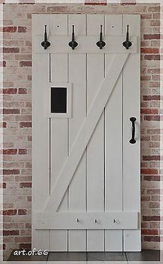 Garderobe aus alten Brettern - alte Tür - shabby - Landhaus