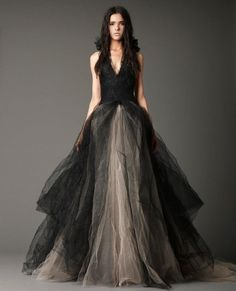 """Vera Wang - """"Josephine"""" gown The front willy"""