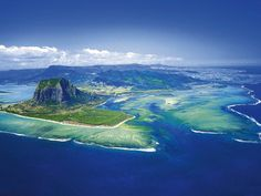 Luxushotel The St. Regis Mauritius Resort (6*) aus der Vogelperspektive © Starwood Hotels