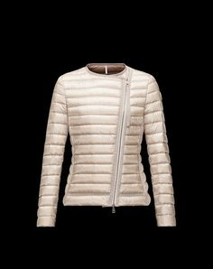 Discover AMY for Women: find out the product features and shop directly from the Moncler official Online Store.