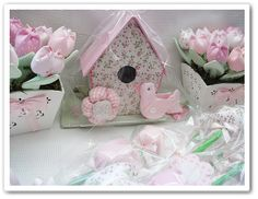 Love this ladies sewn flowers in pots
