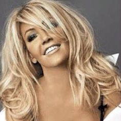 love this hair... its so hard cause one sec I want to go Burnett, but then love being a blonde!