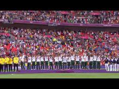 La selección en el podium olímpico.