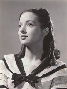 Evelyn Keyes - Gone with the Wind (15-Dec-1939) · Suellen O'Hara
