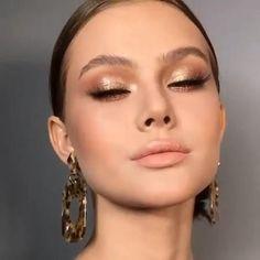 Eye Makeup Art, Nude Makeup, Eyeshadow Makeup, Nude Lip, Makeup For Red Lipstick, Round Eye Makeup, Makeup Glowy, Makeup Eyes, Bronze Makeup Look