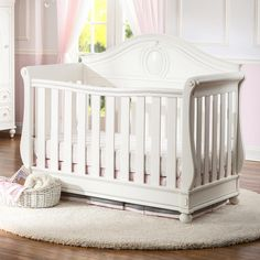 Video review for Disney Princess Magical Dreams 4-in-1 Convertible Crib - White Ambiance showcasing product features and benefits.