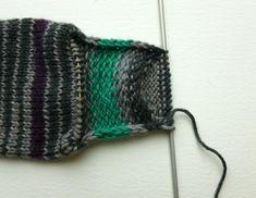 Basic 8ply (DK) boot socks - free pattern and tutorial – Winwick Mum Knitting Help, Knitting Videos, Sock Knitting, Knitting Patterns Uk, Knitted Socks Free Pattern, Knitted Slippers, Knitted Hats, Outlander Knitting, Easy Knitting Projects