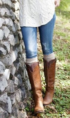 Womens Cowboy Boots  How to Style & Wear Womens