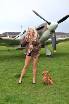 Aviation Pin Ups : Photo