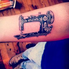 #sewingmachine #handmade#13agujas #mórbidos2014 #mórbidosmanufactura #tattoo #danielcampos