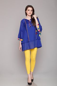 Rang Ja Pret 2017 Collection Eid Festival, Rang Ja summer collection has launched recently in april summer Comes in Pakistan for a long time. Funky Dresses, Stylish Dresses For Girls, Frocks For Girls, Stylish Dress Designs, Designs For Dresses, Lovely Dresses, Simple Dresses, Beautiful Outfits, Casual Dresses