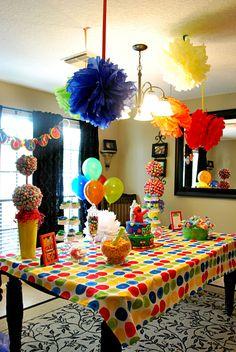 elmo/sesame street decor C 2nd Birthday Party Themes, Monster Birthday Parties, Elmo Party, Elmo Birthday, Baby 1st Birthday, First Birthday Parties, Birthday Decorations, Birthday Ideas, Mickey Party
