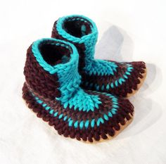 Unisex Adults Crochet Slipper Boots - MarketSpace