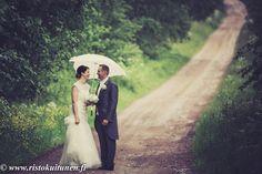 www.ristokuitunen.fi #beloved #bride #groom #wedding #love # Summer Weddings, Finland, Bride Groom, Wedding Photos, Feelings, Couple Photos, Couples, Couple Photography, Couple