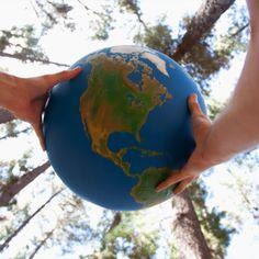 5 Interesting Education Facts Around The World Top Videos, Globe, Around The Worlds, Facts, Education, Speech Balloon, Onderwijs, Learning