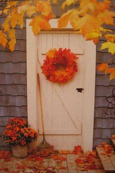 Beautiful Autumn Door !! ❤