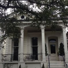 Southern Colonial - New Orleans Estimate Value: $1,228,800