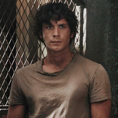 """""""Bellamy Blake season 3 was pure ART ✨ 👌🏻 (tho I have to say I still prefer Bellamy with a nice trimmed beard)"""" Pretty Men, Pretty Boys, Cute Boys, Beautiful Men, The 100 Show, The 100 Cast, The 100 Serie, Bellamy The 100, The 100 Characters"""