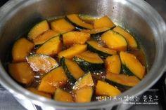 입에 살살 녹는 견과류 단호박조림 : 네이버 블로그 Vegan Recipes, Cooking Recipes, Pot Roast, Sweet Potato, Brunch, Food And Drink, Fruit, Vegetables, Ethnic Recipes