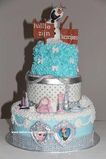 lekker zoet: Frozen/make up taart voor Fleur, Britt en hun oude...