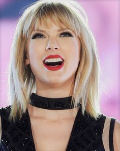 Could Taylor Swift *actually* be working on an R&B album?
